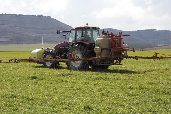 Prevención de riesgos  en la manipulación de  productos fitosanitarios